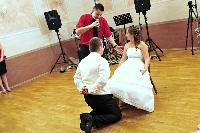 f80ea307b Pre svadby nasvecujeme tanečný parket a svadobnú sálu dekoračným osvetlením  a UV osvetlením zdarma !